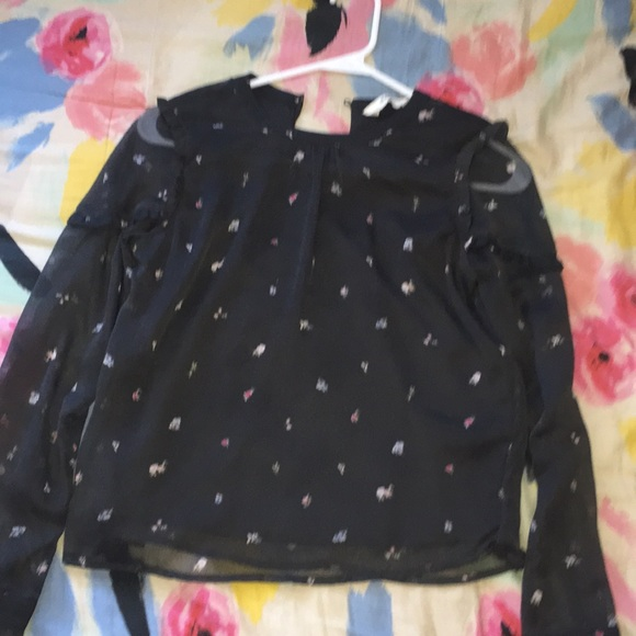 H&M Tops - Cute shirt for picture day or any event!